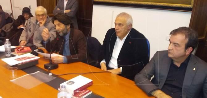 Un momento dell'incontro con Massimo Cacciari