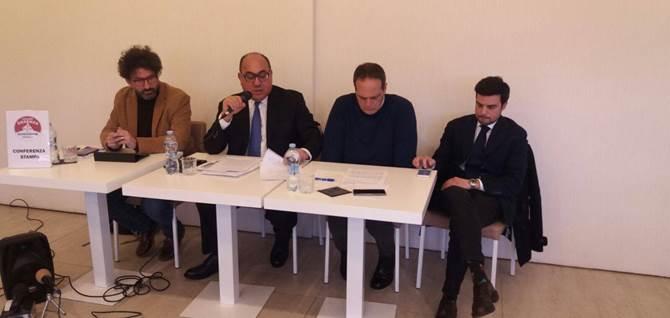 Carenza idrica a Cosenza, la conferenza stampa convocata da Carlo Guccione