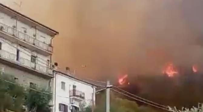 Incendi nel Cosentino