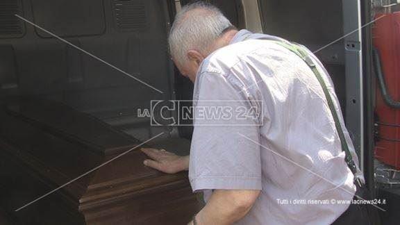 Tragedia a Cosenza, morte tre persone