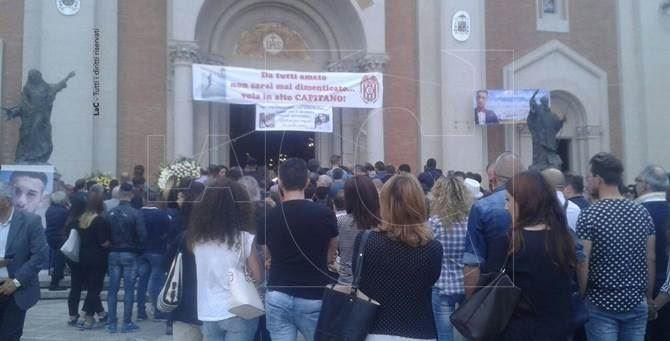 Mileto, funerali di Francesco