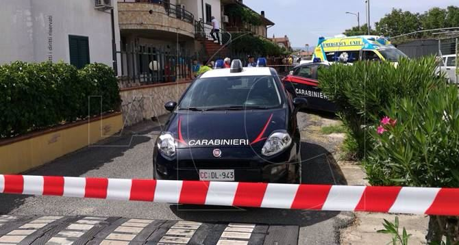 Omicidio-suicidio nel Cosentino, guardia giurata uccide la moglie e si spara