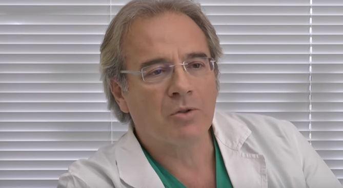 L'oculista Giuseppe Mingrone