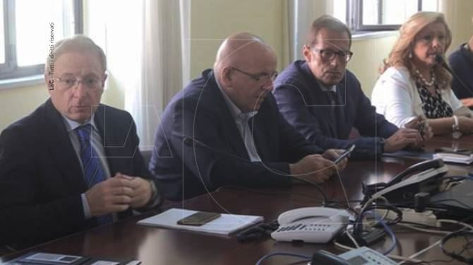 Incendi, riunione in Prefettura a Cosenza