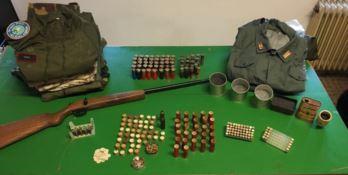 Munizioni e armi ritrovate nel corso dell'operazione