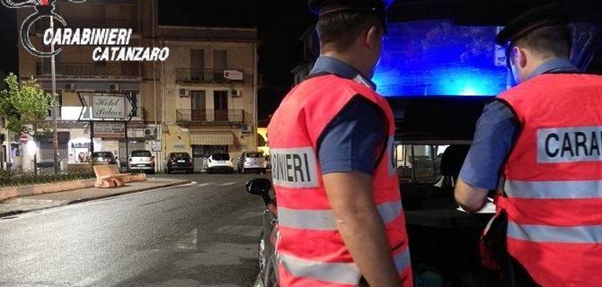 Controlli dei carabinieri a Catanzaro