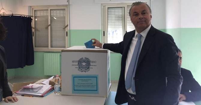 Al voto il sindaco Mascaro