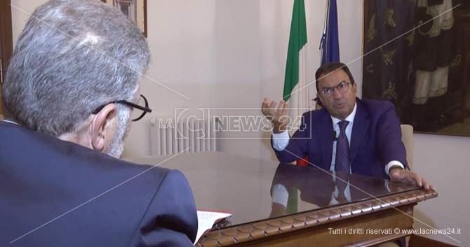 Il direttore Motta intervista il sottosegretario Gentile
