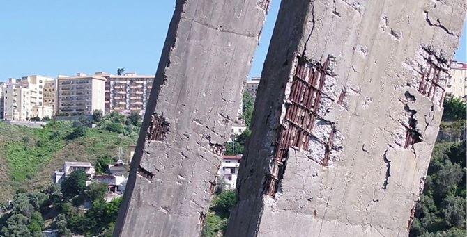Un particolare del ponte
