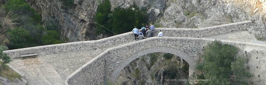 Il ponte del diavolo a Civita