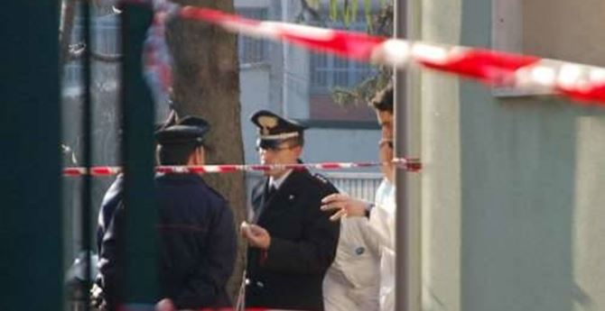 I carabinieri sulla scena del crimine