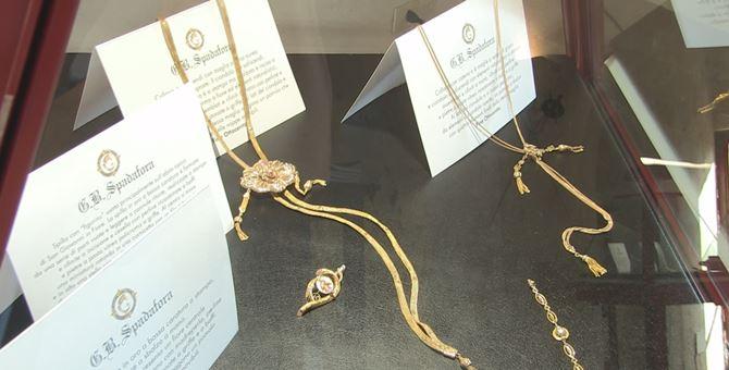La mostra dei gioielli a Pizzo