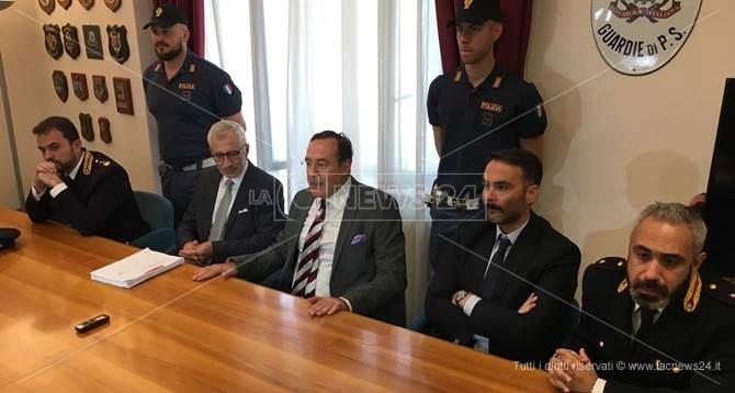 La conferenza stampa a Crotone