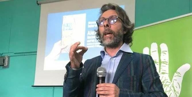 Lo scrittore Alex Corlazzoli
