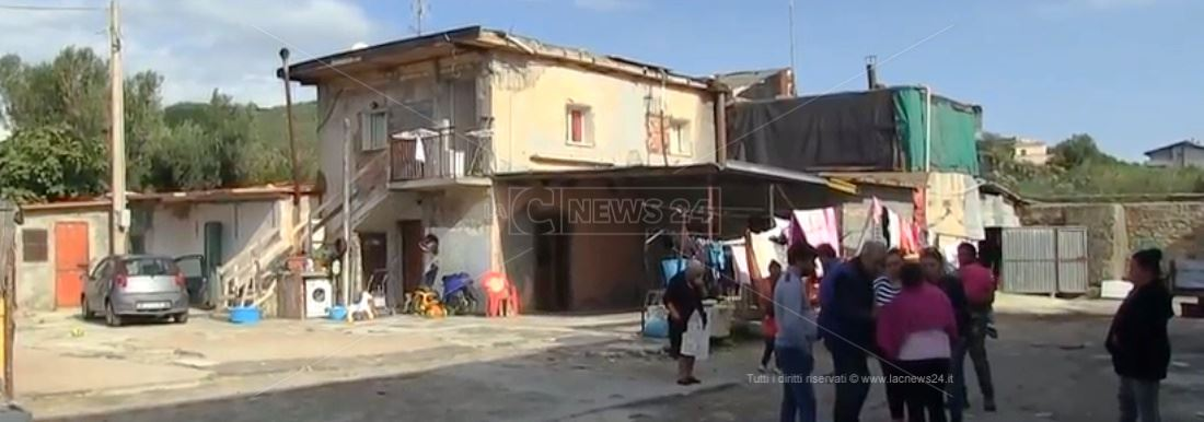Viaggio nel quartiere rom a Melito Porto Salvo
