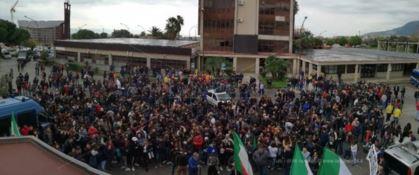 La manifestazione a Lamezia Terme