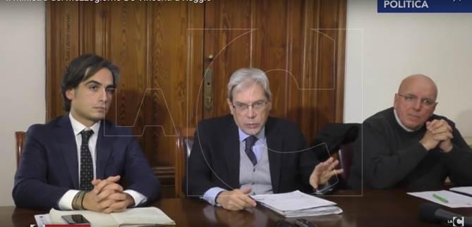 Il sindaco Falcomatà, il ministro De Vincenti e il governatore Oliverio