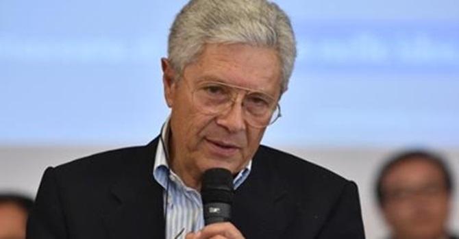 Il sindaco di Vibo Elio Costa